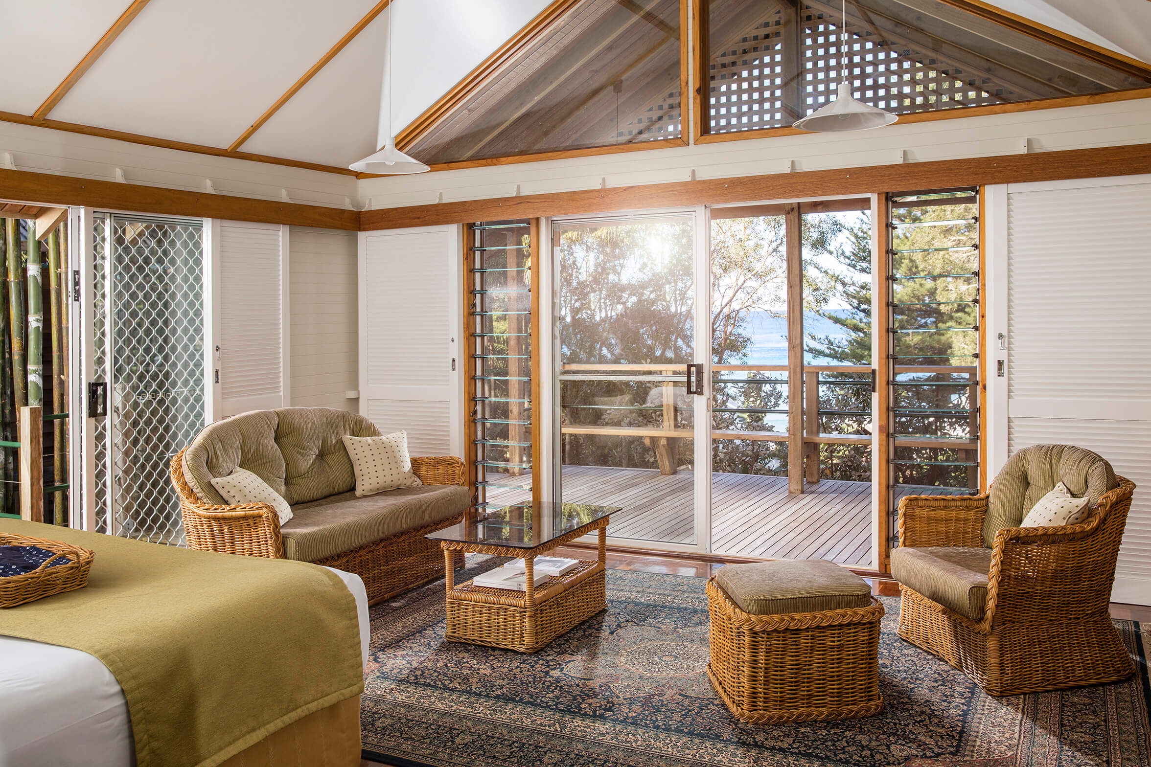Terrace Spa Bungalow Loungeroom